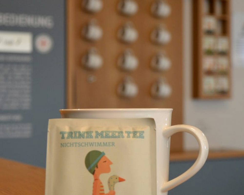 Foto: Die neue Tee-Theke im Foyer (Kurverwaltung Binz)